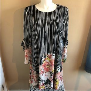 Luxology Floral Spring Dress with Tie Sleeves NWT